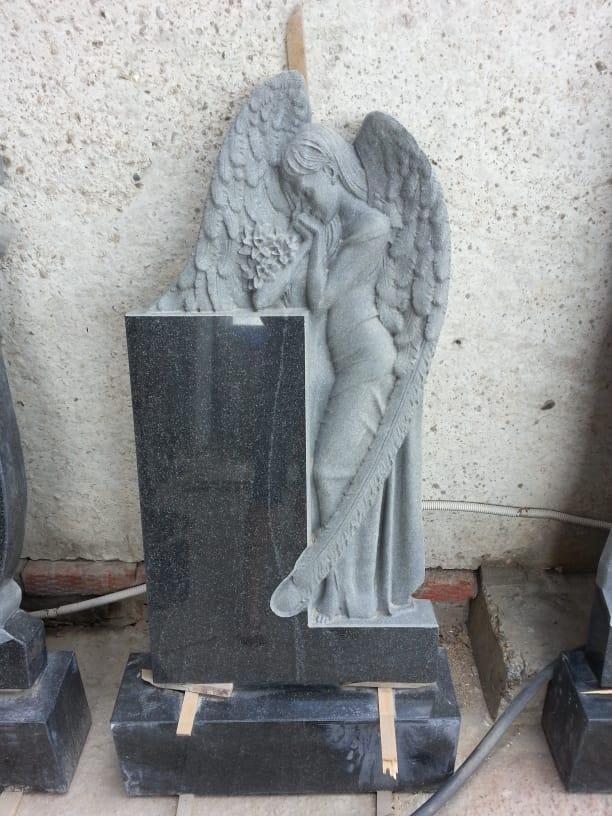 Памятник Ангел 1